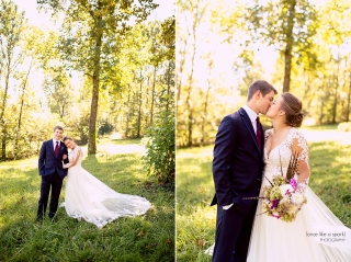 Affordable Virginia Wedding Photographer - Lydia Mountain Lodge wedding, rustic with season flowers and feather details