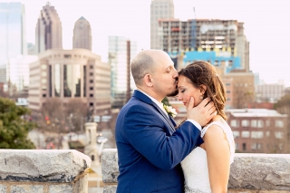 Stunning wedding photos in front of the Atlanta skyline.